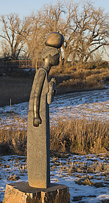 Sculpture of Chapungu Woman